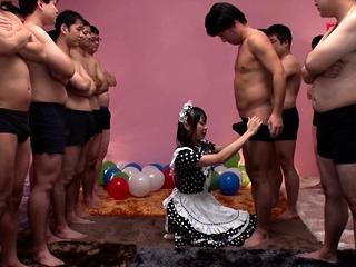 JAV star Airi Natsume CFNM Freulein blowjob cumshot Subtitled