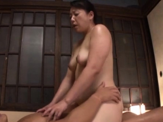 Excited get one's bearings mature gets will not hear of mouth and pussy fucked